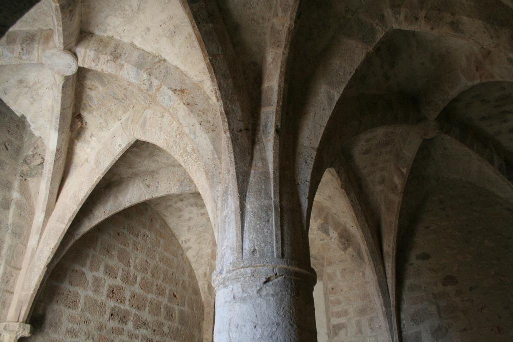 Последни крепости на Катарите-Queribus 7