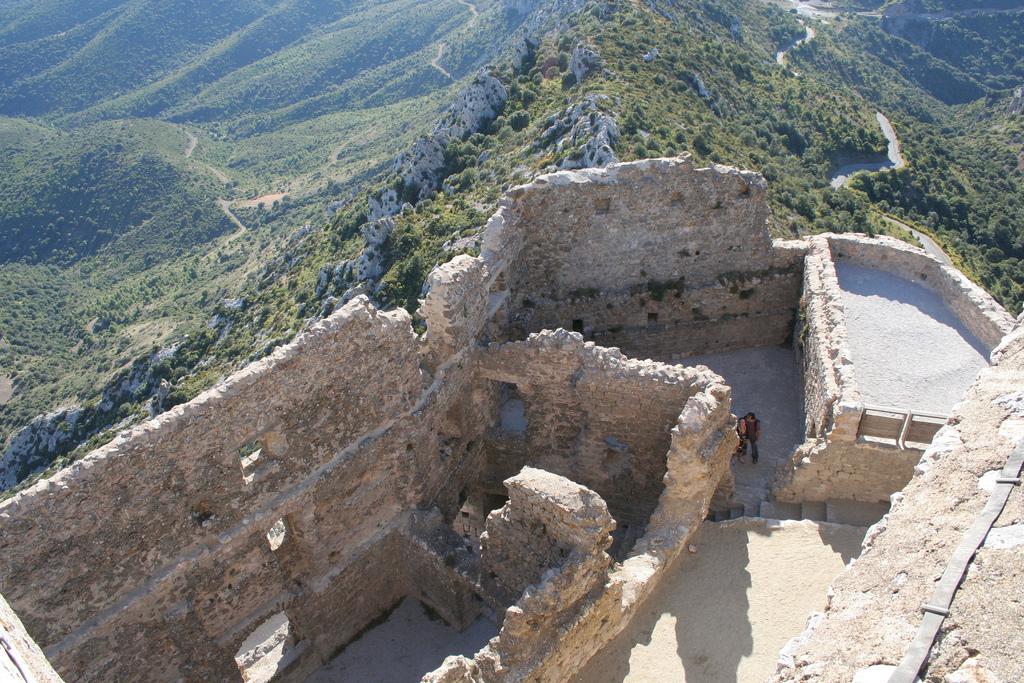 Последни крепости на Катарите-Queribus 4