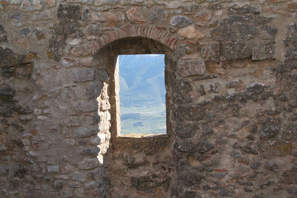 Последни крепости на Катарите-Queribus 6