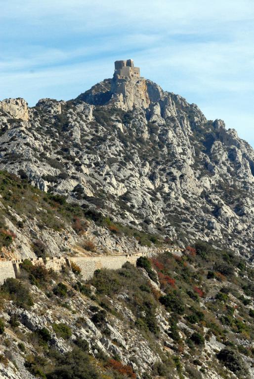 Последни крепости на Катарите-Queribus 1