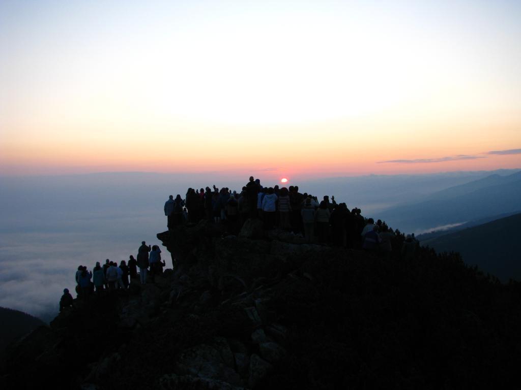 Изгрев - молитва на Рила 2009