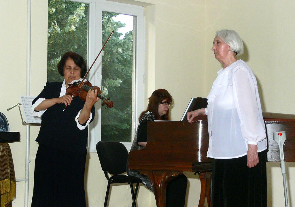 Концерт по музика от Учителя - Хасково - 09.06.2013 г.